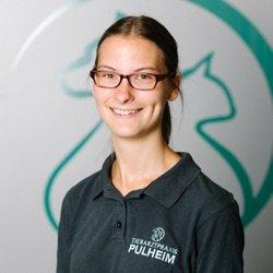 Tierarzthelferin Anja Mechelse