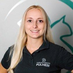 Tierarzthelferin Anna Roth